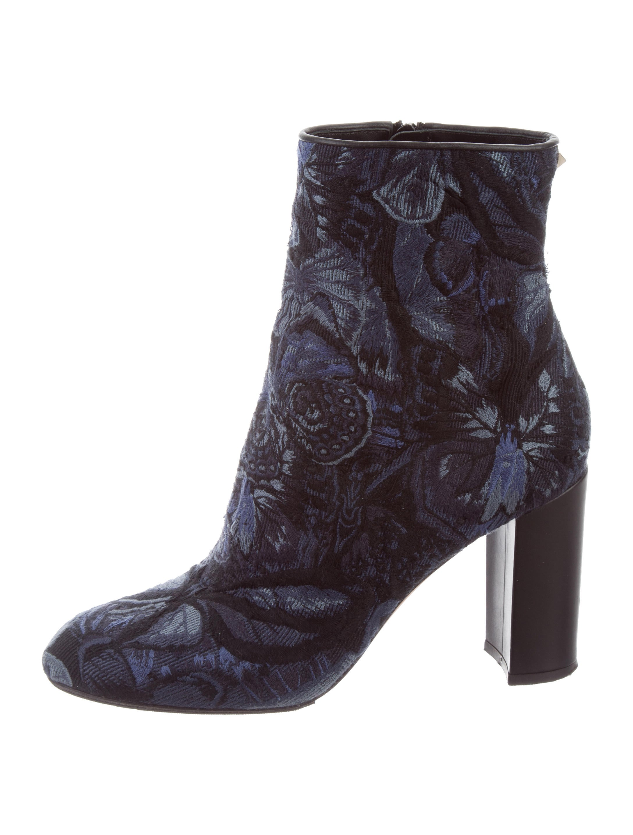 Valentino Camubutterfly Round-Toe Ankle Boots sale release dates WLGBMiiD