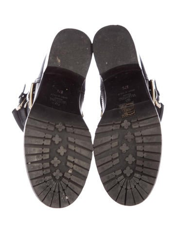 Rockstud Leather Booties