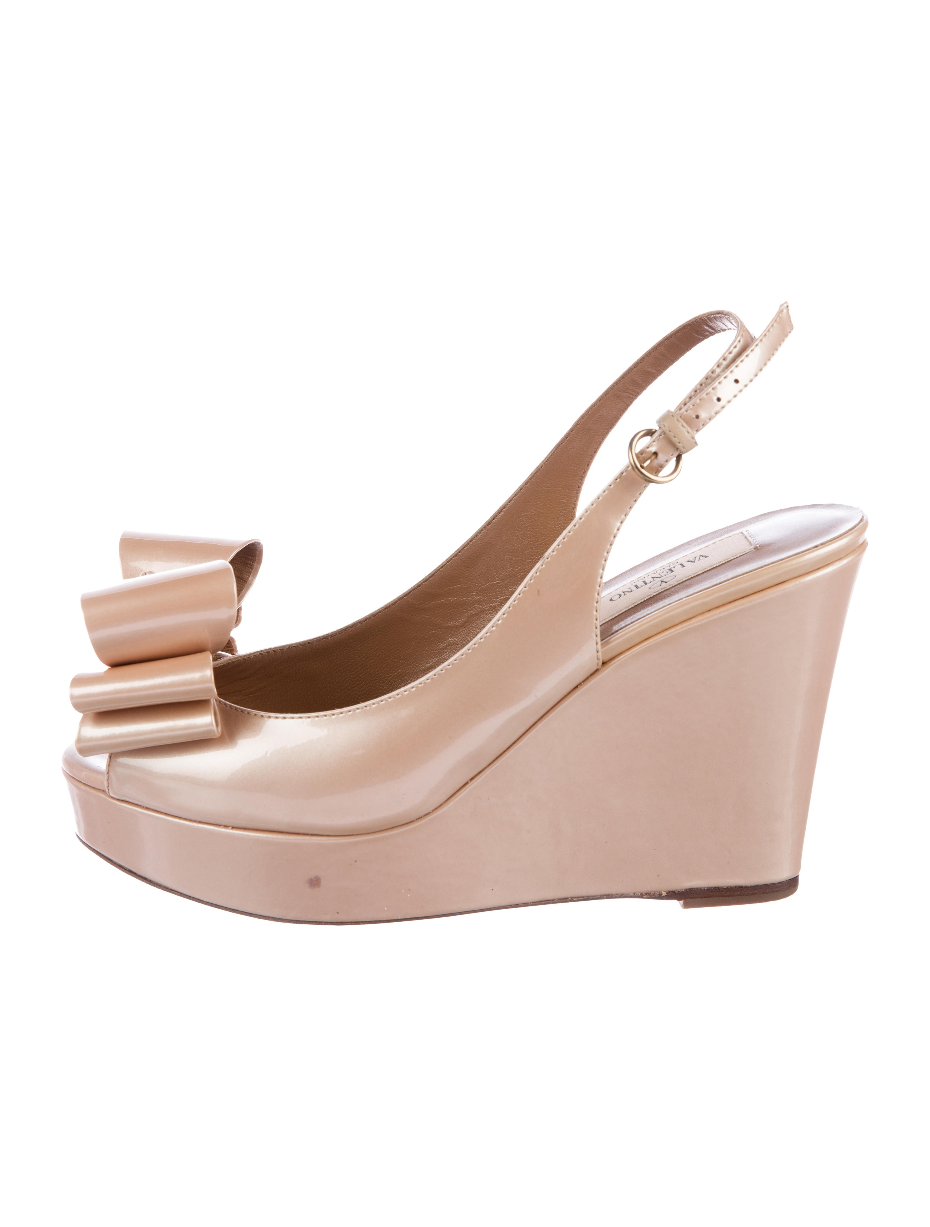 browse cheap price free shipping best place Valentino Patent Leather Slingback Wedges clearance official site caPkso2