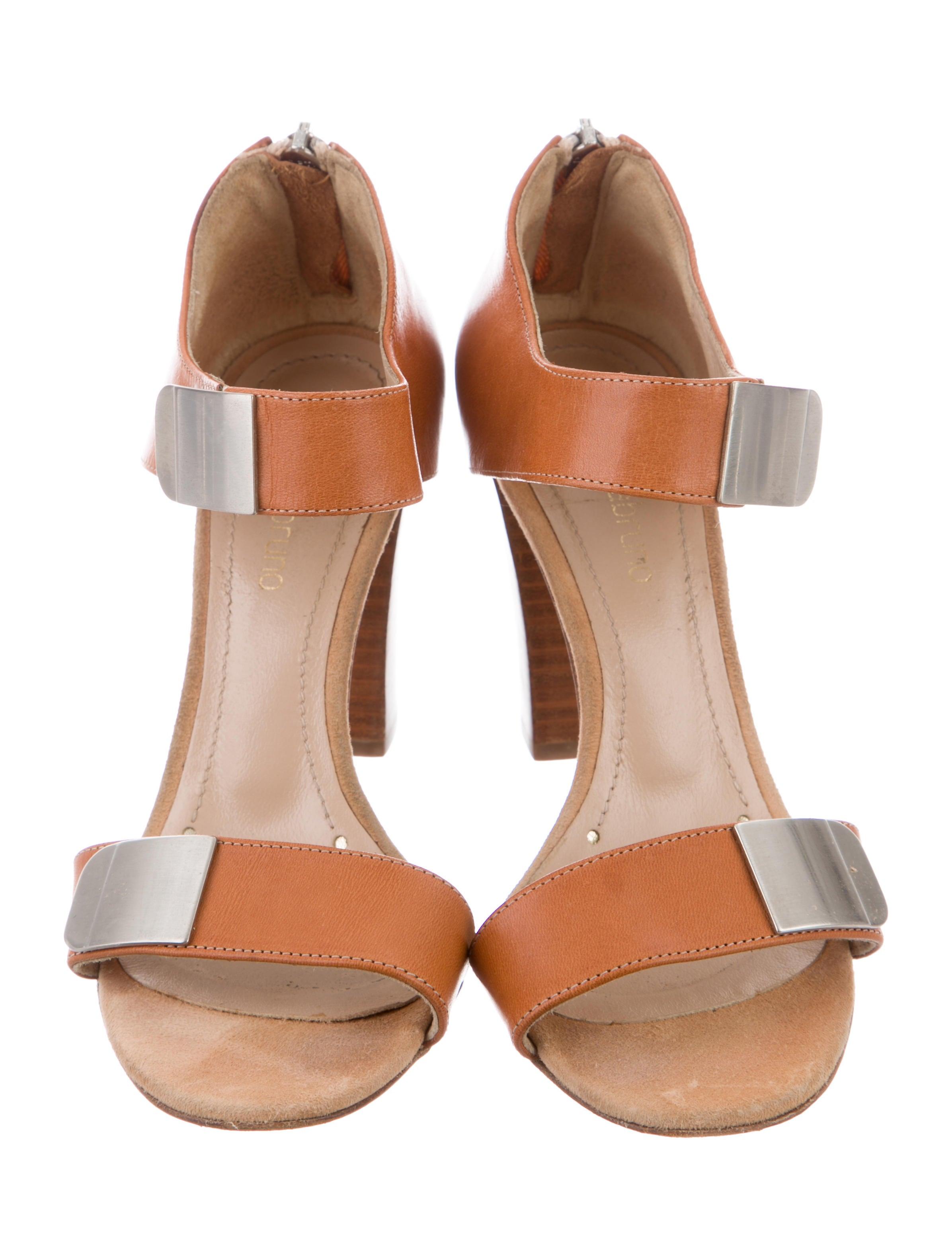 Vanessa Bruno Leather Multistrap Sandals clearance online ebay xTqFA