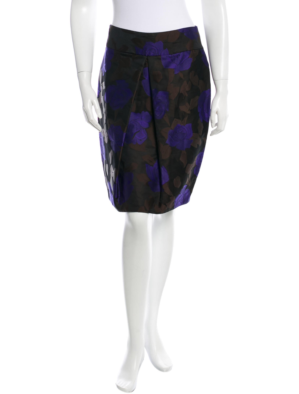 vera wang knee length floral skirt clothing ver23565