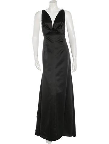 Vera Wang Sleeveless Evening Gown None