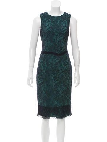 Vera Wang Lace Sleeveless Dress None
