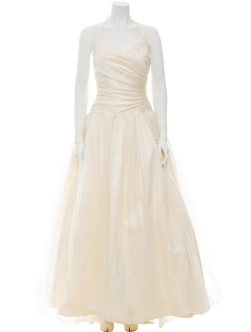 Vera Wang Tulle Wedding Gown White