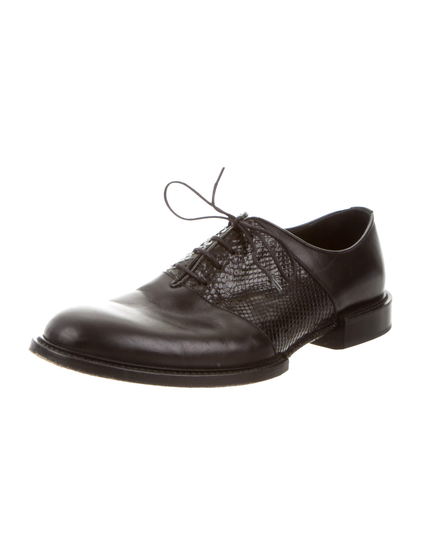 Versace Snakeskin Trimmed Leather Oxfords Shoes  : VES269232enlarged from www.therealreal.com size 1745 x 2301 jpeg 108kB