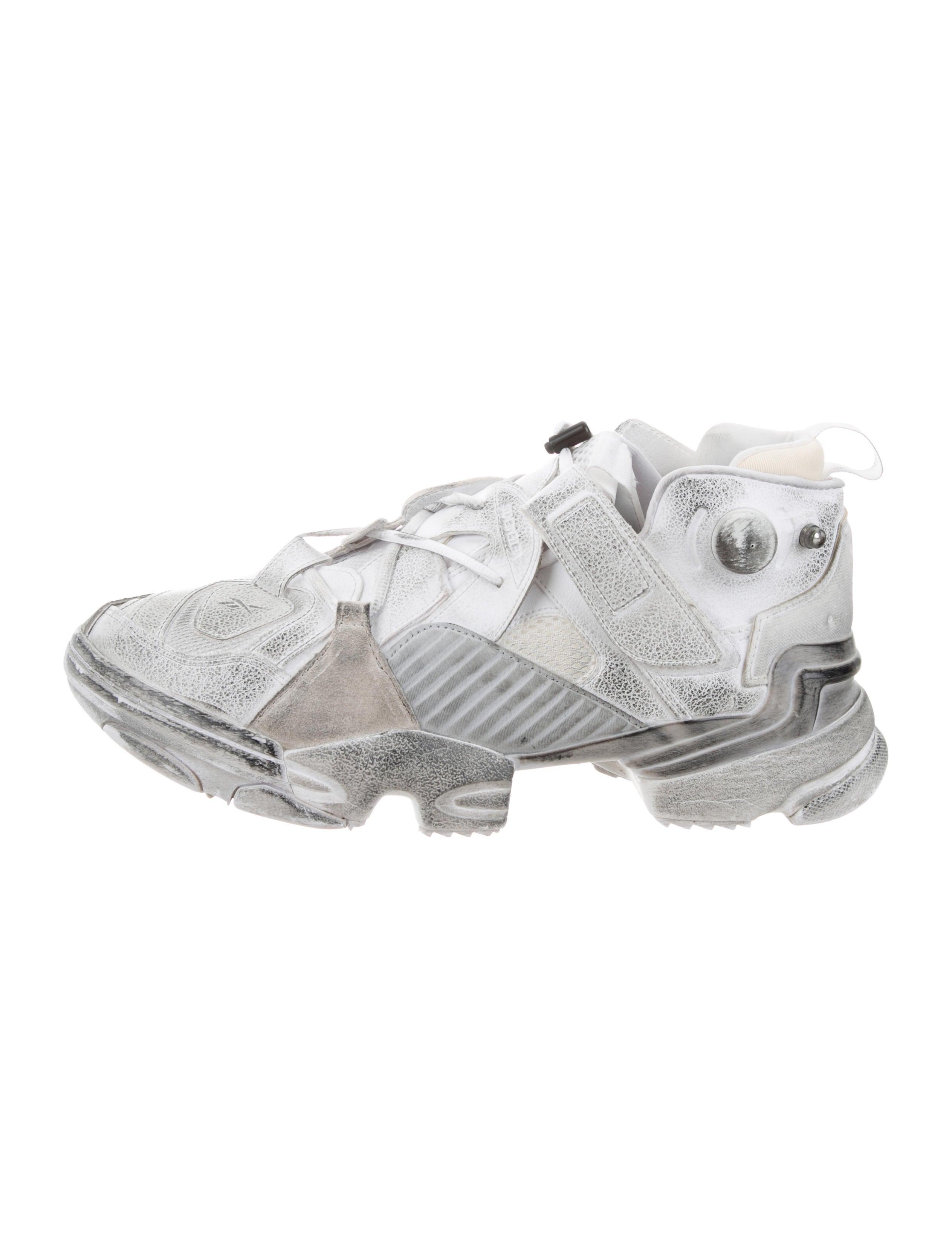 0a24fbdd8534 Vetements x Reebok Genetically Modified Pump Sneakers - Shoes ...