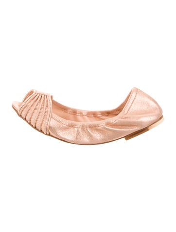 Bloch Metallic Leather Flats