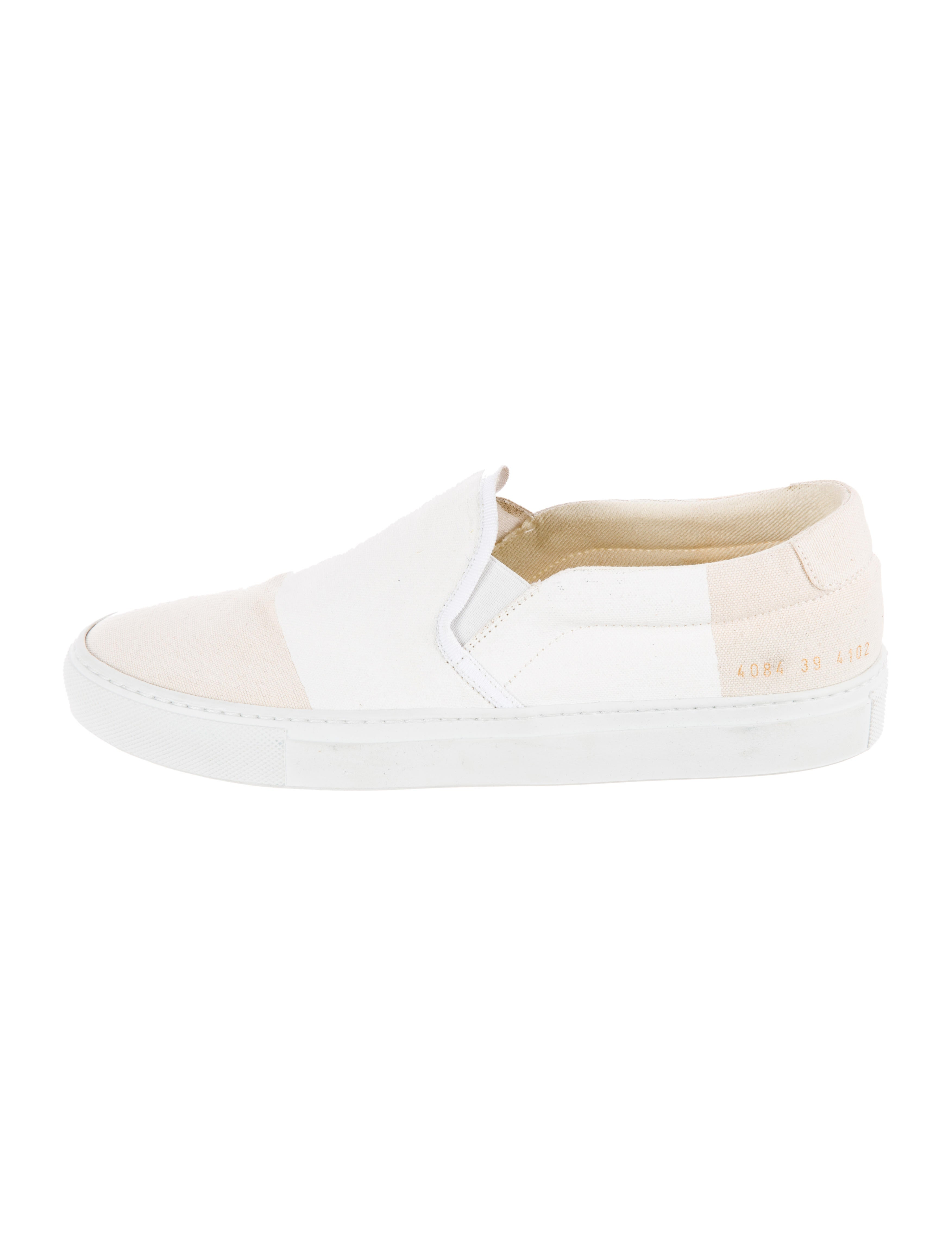 fe899908b546 Common Projects X 6397 Slip-On Sneakers - Shoes - W1C20043