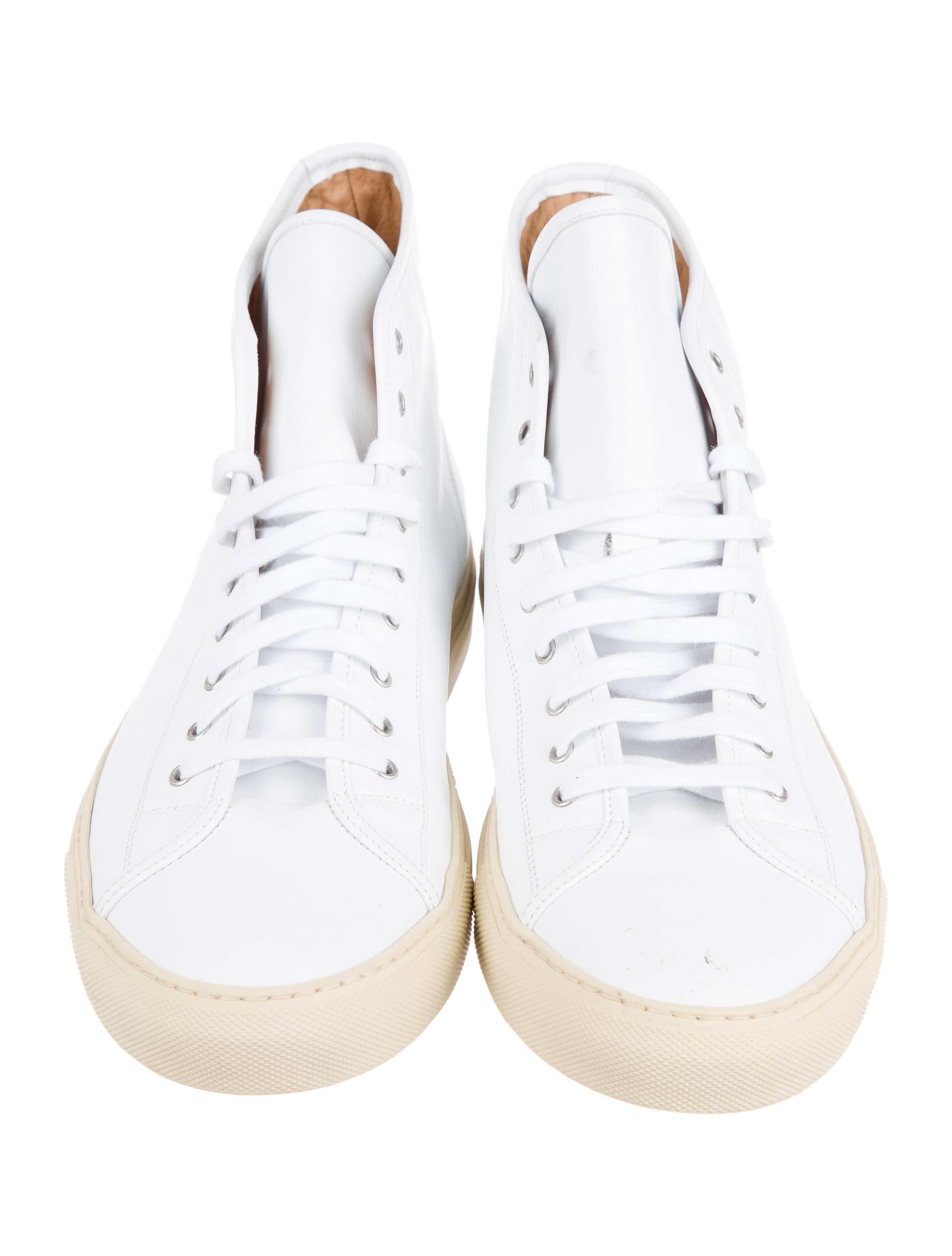 common projects achilles high top sneakers shoes w1c20584 the realreal. Black Bedroom Furniture Sets. Home Design Ideas