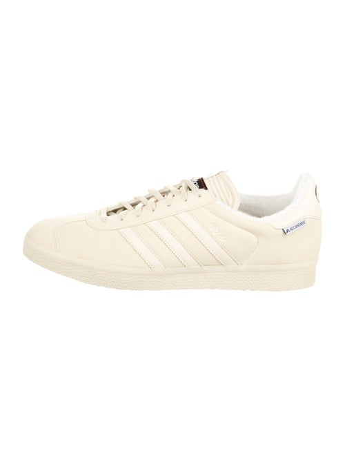 Adidas Gazelle SE Low-Top Sneakers w/ Tags - image 1