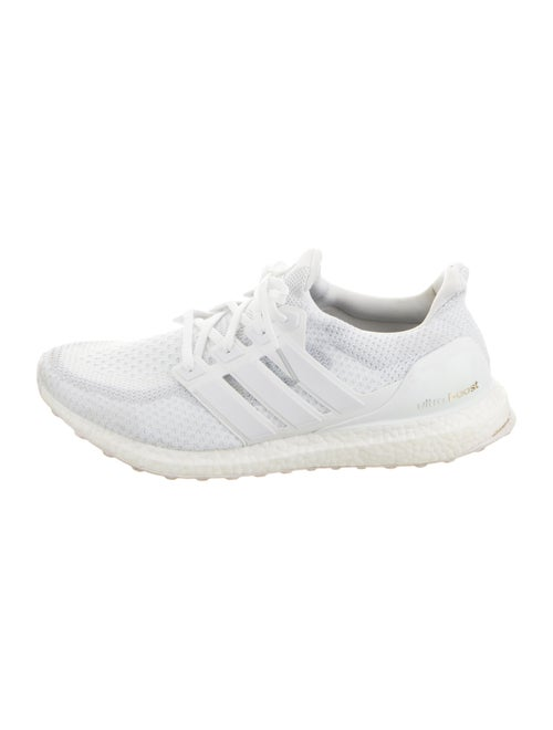 Adidas Ultraboost Round-Toes Sneakers White