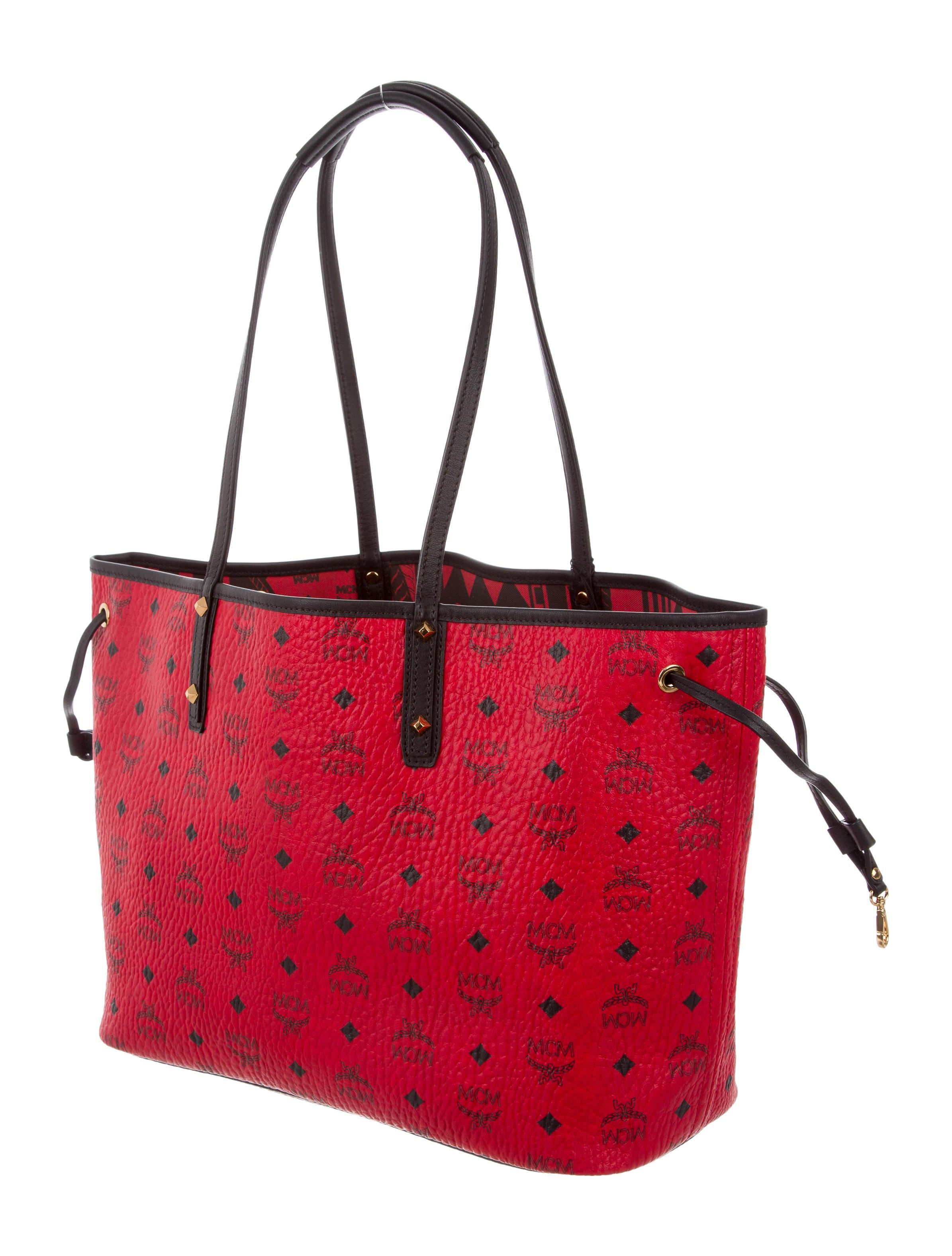 mcm medium reversible shopper tote handbags w3022020. Black Bedroom Furniture Sets. Home Design Ideas