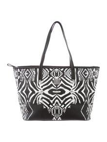8241228a47164 Handbags