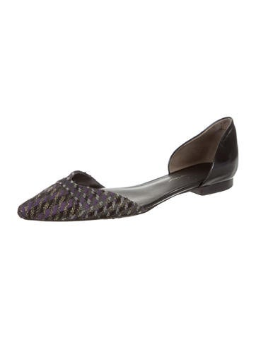 Pointed-Toe Woven Flats