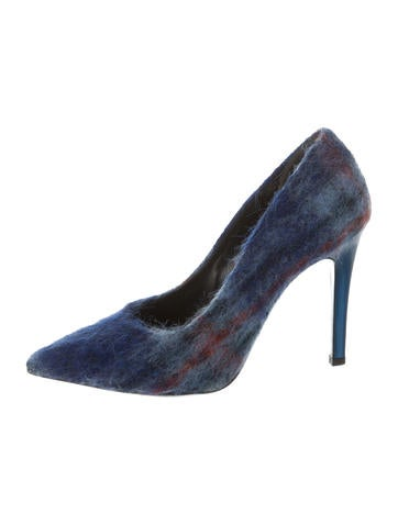 Wool Pointed-Toe Pumps