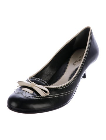 outlet browse genuine for sale Cole Haan Melanie Leather Pumps outlet amazon outlet store Locations buy cheap for sale gPSTSvn