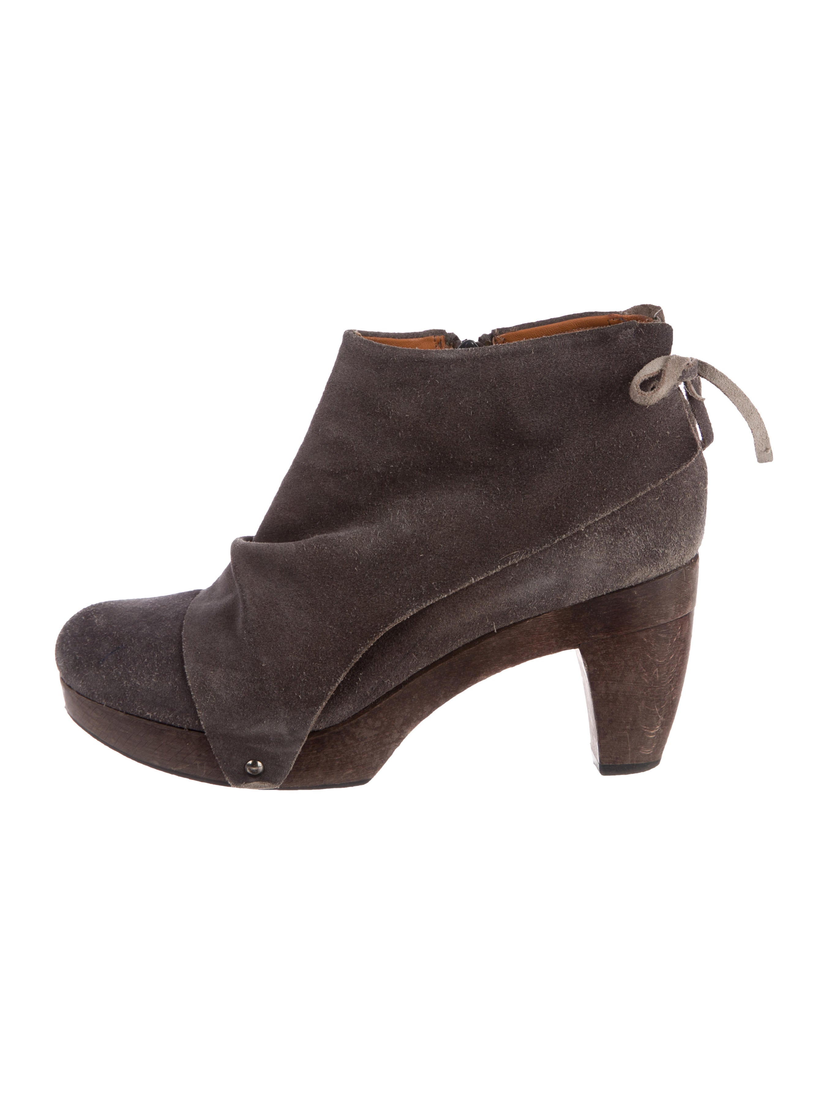 Coclico Suede Round-Toe Booties clearance new for sale 2014 1APNv7YK