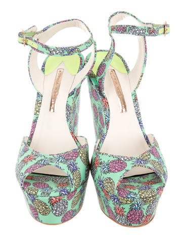 Pineapple Patterned Wedges