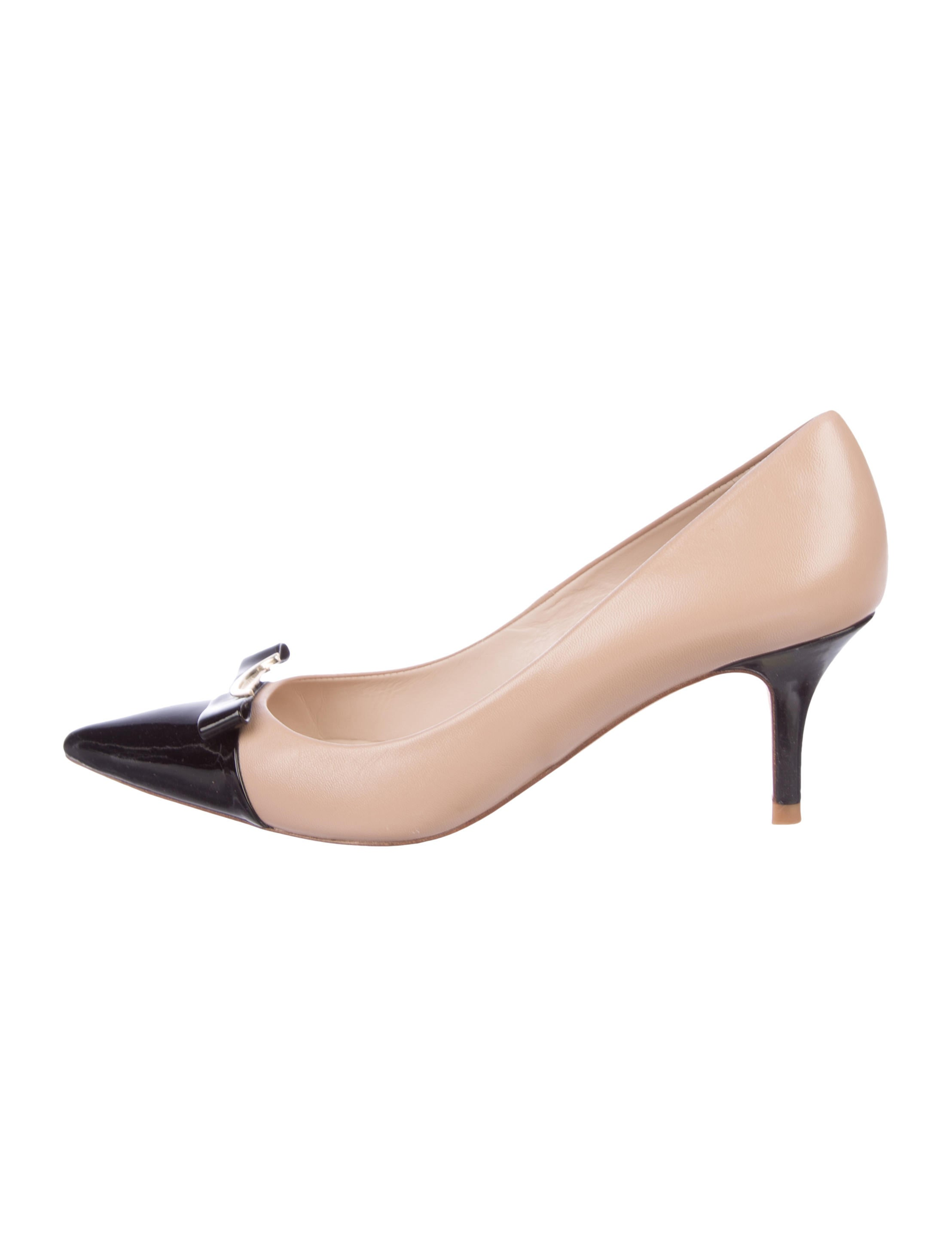 finishline cheap price L.K. Bennett Roxy Cap-Toe Pumps new many kinds of for sale footaction cheap online MrwWZa47