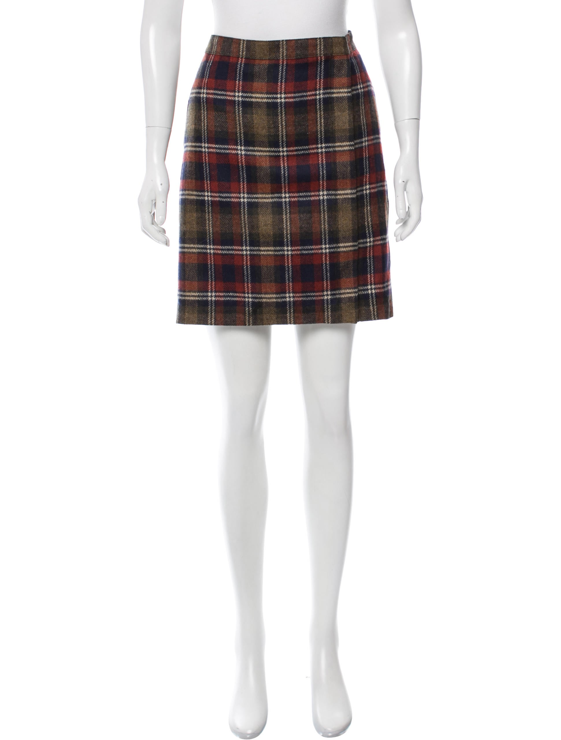 Shop Chadwicks of Boston for our Long A-Line Wool Skirt. Browse our online catalog for more classic clothing, shoes & accessories to finish your look.