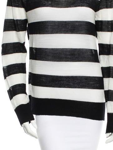 Sweater w/ Tags