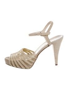 14fcabe8324389 Alejandro Ingelmo. Suede Platform Sandals