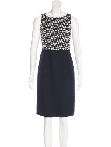Akris Punto Embroidered Wool Dress None