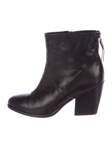 Alberto Fermani Leather Round-Toe Booties clearance official site sale online shop yF4MO9BM