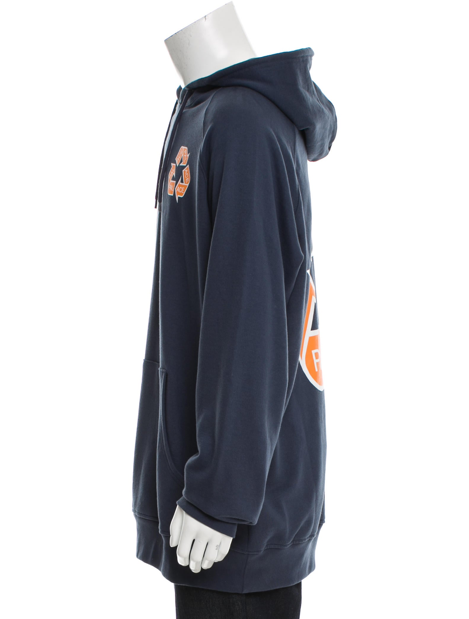 Graphic pullover hoodies