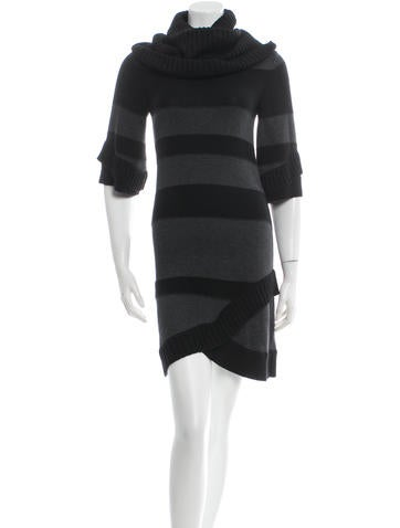 Alice + Olivia Knee-Length Knit Dress None