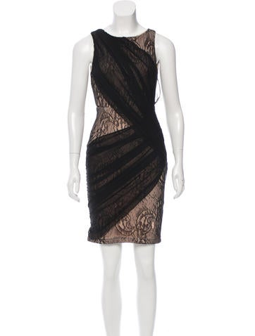 Alice + Olivia Sleeveless Lace Dress