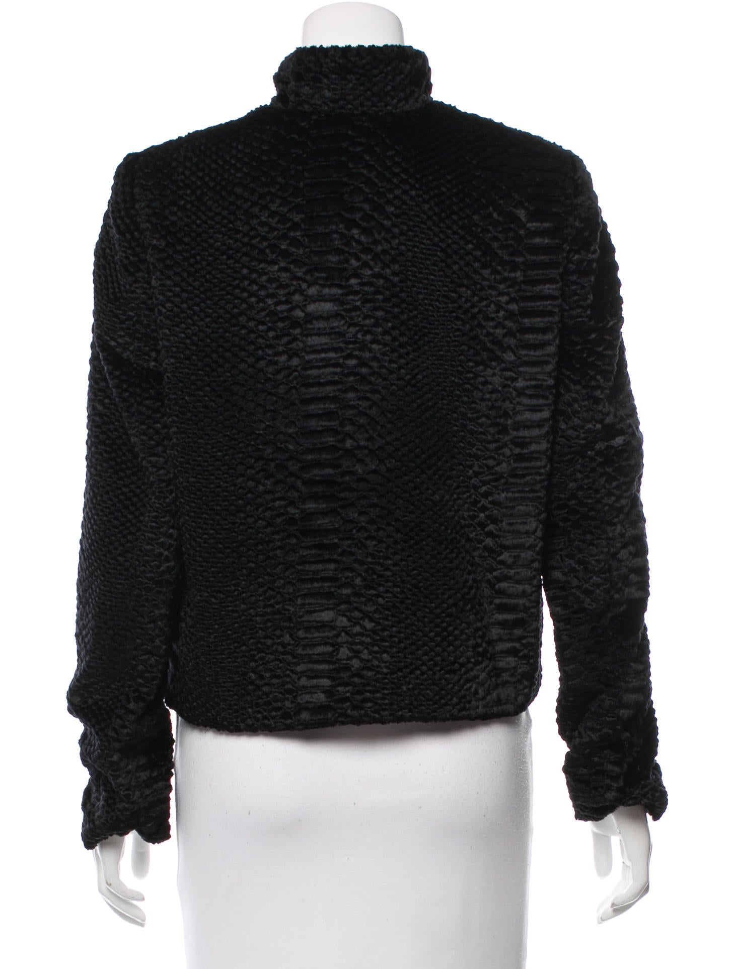 Discover faux fur jackets and coats on sale for women at ASOS. Shop the latest collection of faux fur jackets & coats for women on sale. your browser is not supported. To use ASOS, we recommend using the latest versions of Chrome, Firefox, Safari or Internet Explorer Only Sanna Short Quilted Jacket.