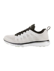 APL Round-Toes Sneakers