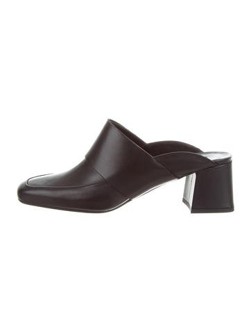 cheap sale pay with visa classic Aska Gynne Leather Mules KDLOM5pm0
