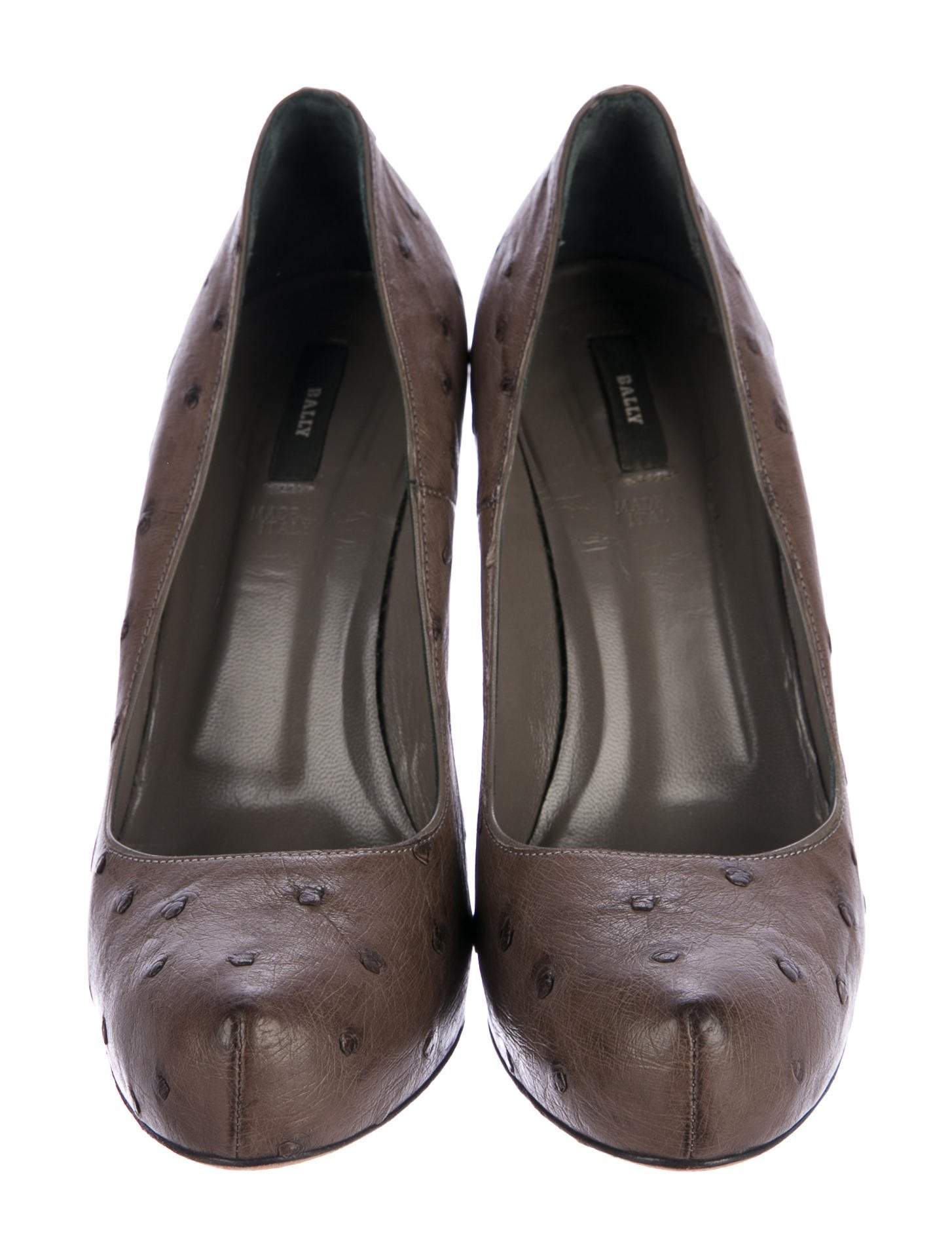 Bally Ostrich Round-Toe Pumps cheap sale with credit card v47E7A