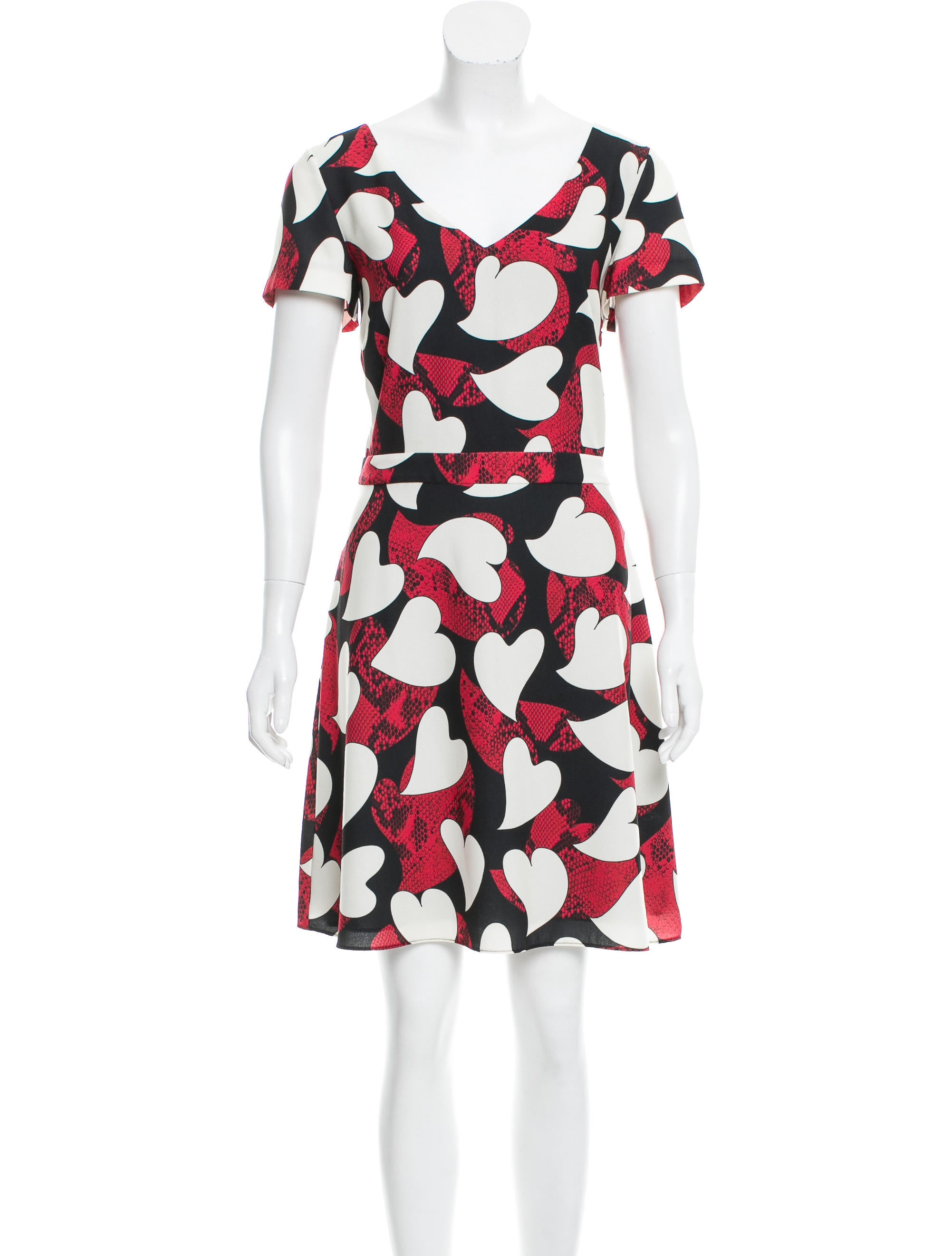Boutique moschino printed knee length dress w tags for Boutique labels clothing