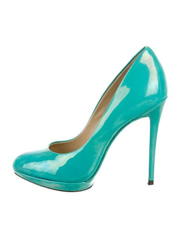 Patent Leather Round-Toe Pumps