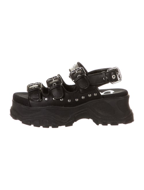 Buffalo London Leather Studded Accents Sandals Bla