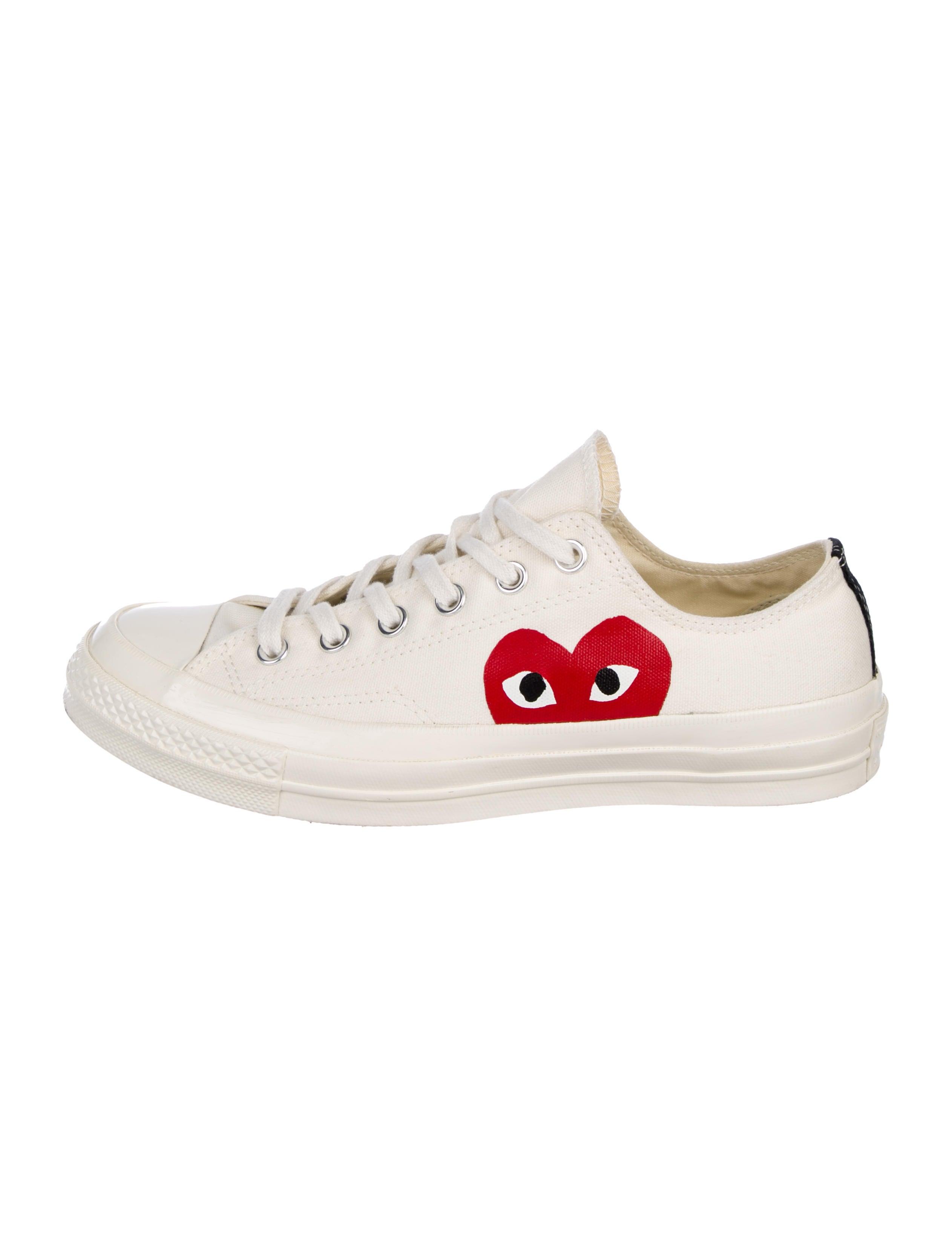ea57d4ff4728 Comme des Garçons Play x Converse Canvas Low-Top Sneakers - Shoes ...