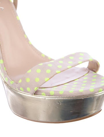 Graph Sandals