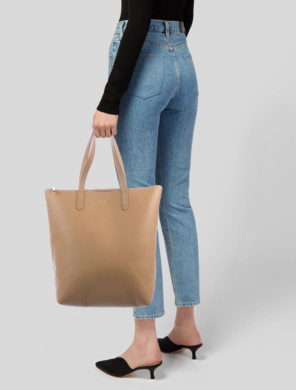 Cuyana Large Leather Tote Brown - image 2