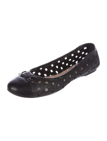 discount cheap outlet locations cheap price Delman Laser Cute Round-Toe Flats amazing price for sale bUbDjLua5