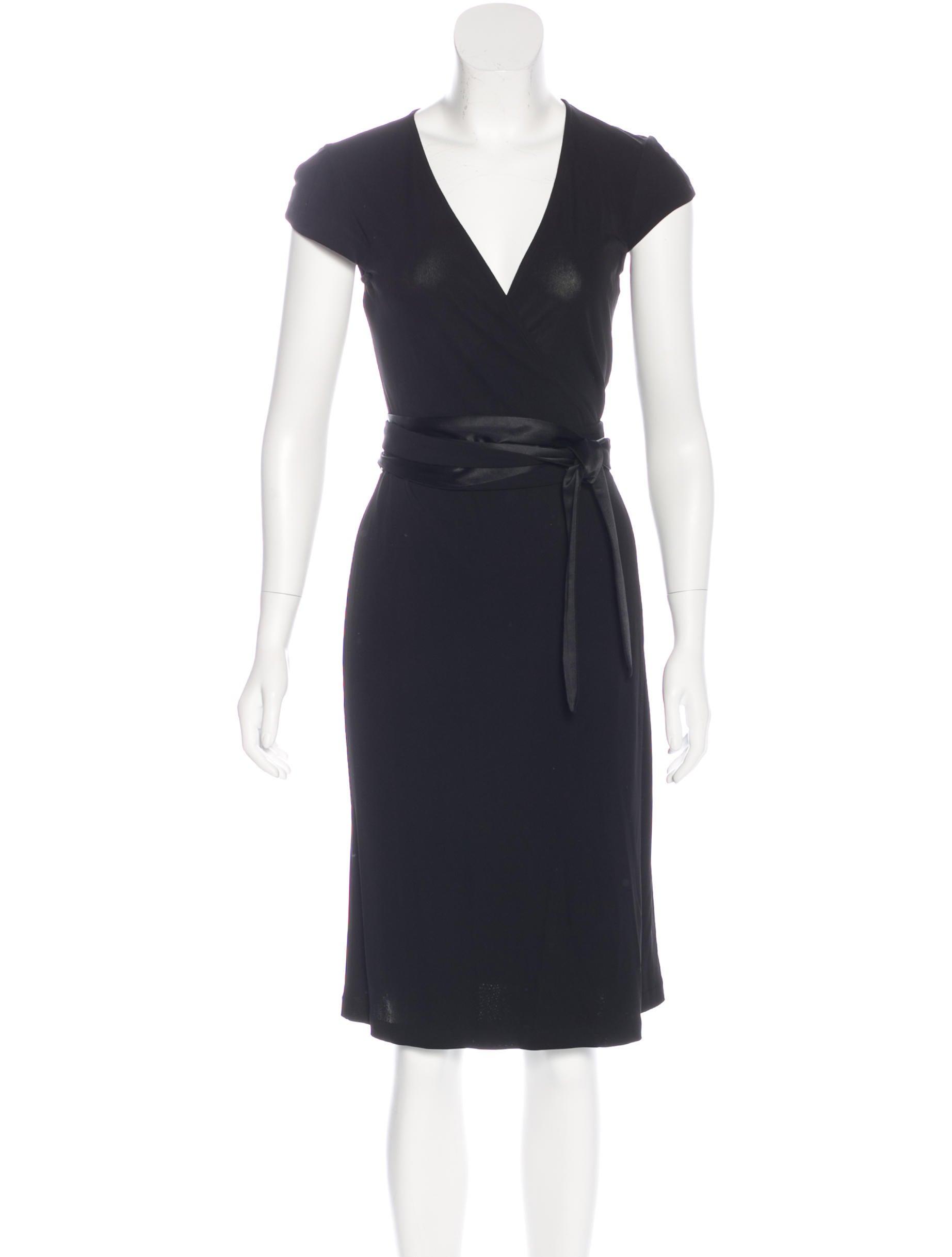 Diane von furstenberg knee length wrap dress clothing for Diane von furstenberg clothing
