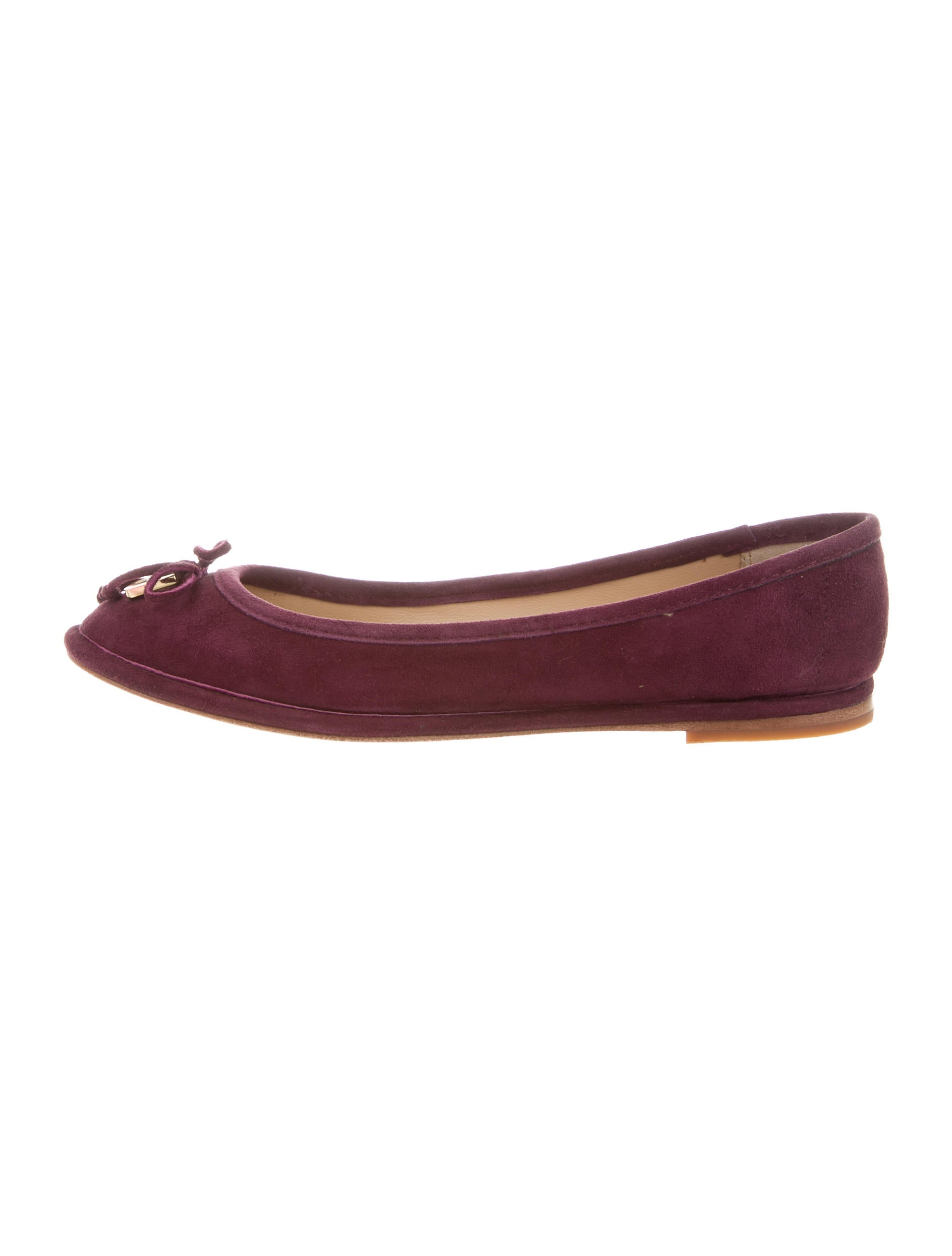 Suede Women's Flats: forex-2016.ga - Your Online Women's Shoes Store! Get 5% in rewards with Club O! BCBGeneration Womens malinda Suede Pointed Toe Ankle Strap Ballet Flats. SALE ends soon ends in 22 hours. Quick View. Lonia Shoes Women's Black Suede D'Orsay Flats. 3 Reviews. SALE ends soon ends in 22 hours.