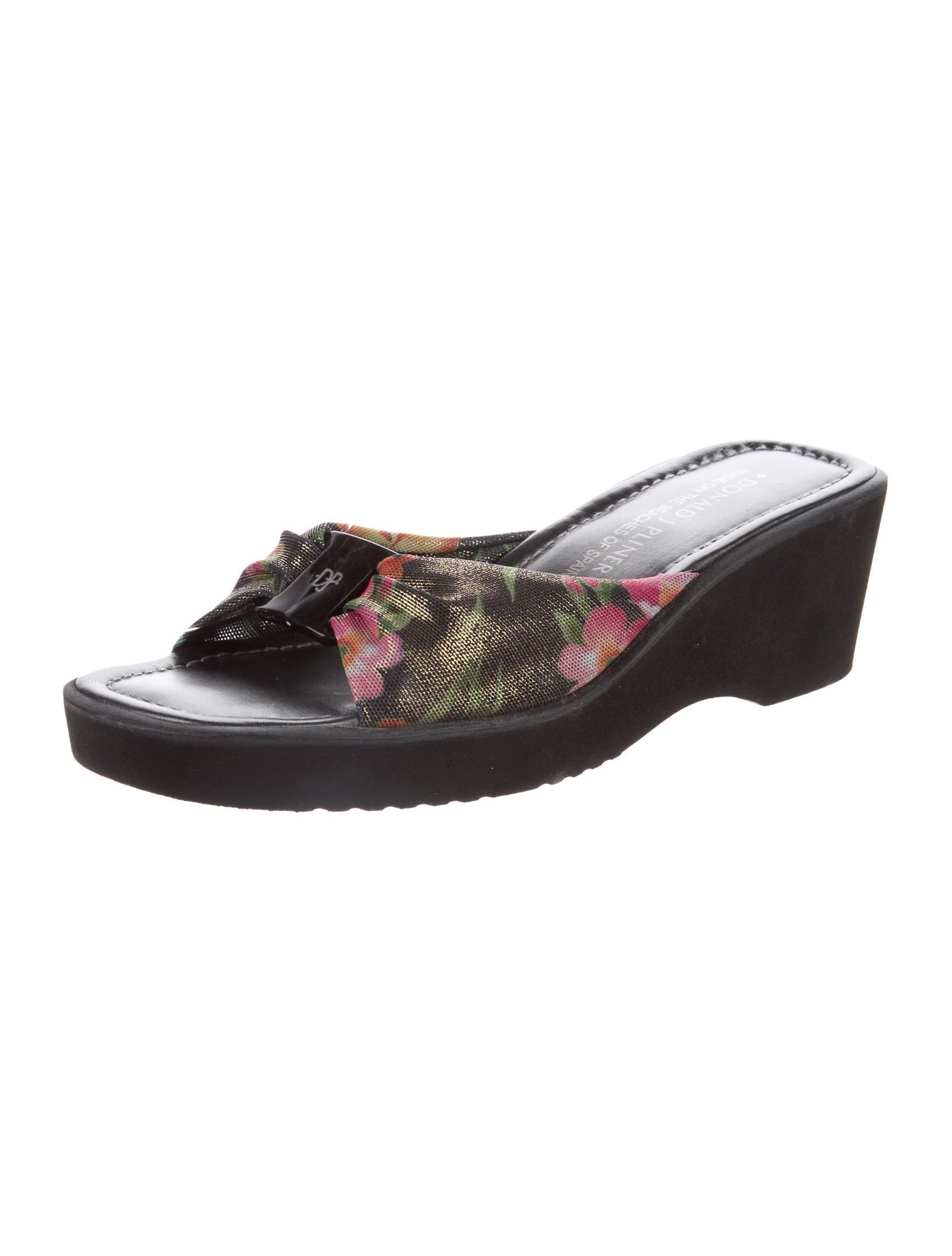 donald j pliner canvas slide sandals shoes wdj20357