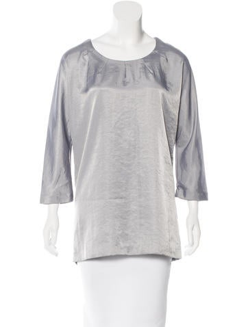 Elizabeth and James Iridescent Three-Quarter Sleeve Top w/ Tags