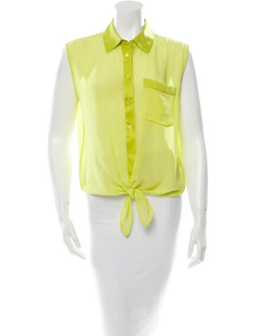 Sleeveless Button-Up Top