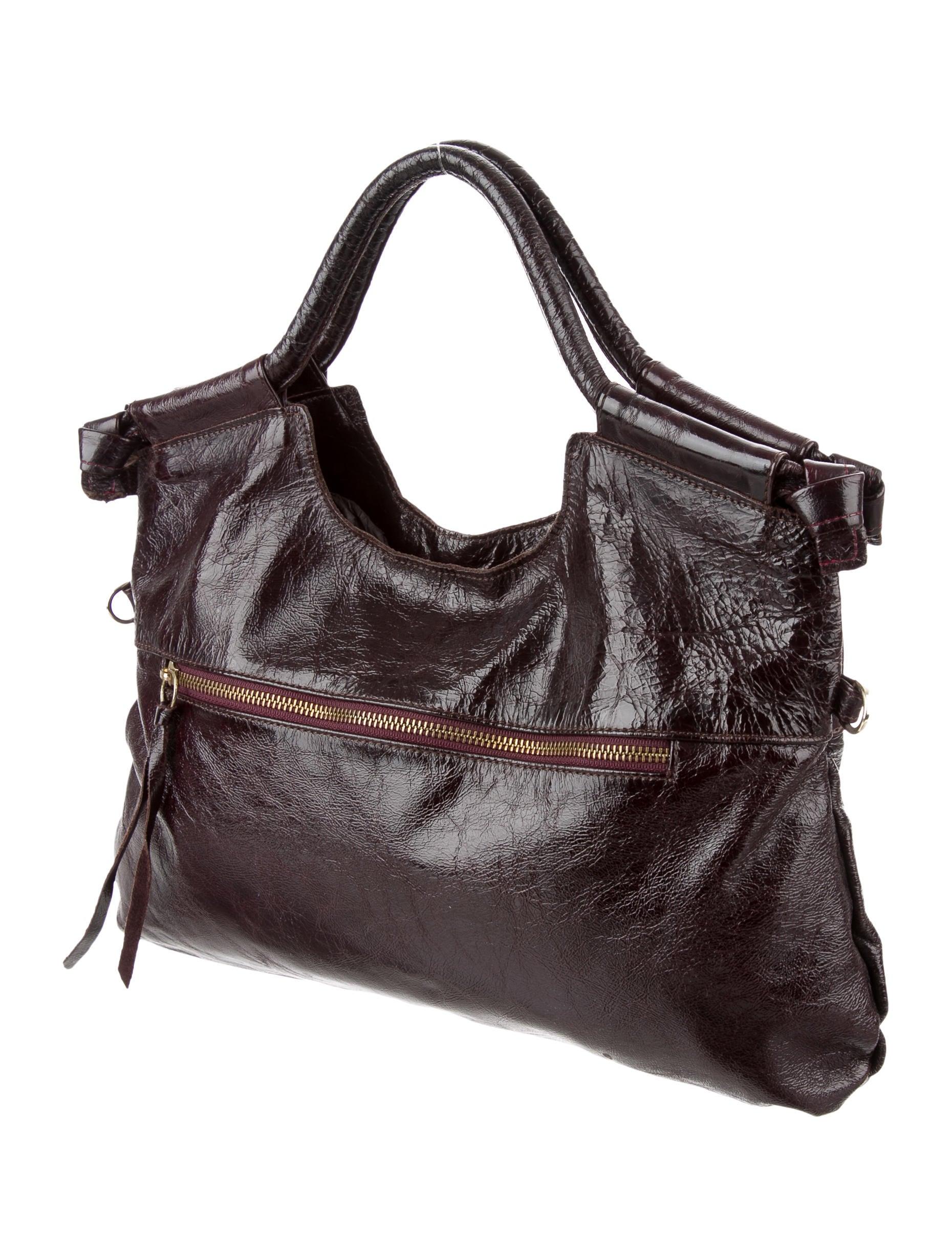 corinna single women Foley & corinna women bags  foley & corinna sedona sunset frankie small satchel  single strap (40)adjustable (31)cross body (30)convertible (15).