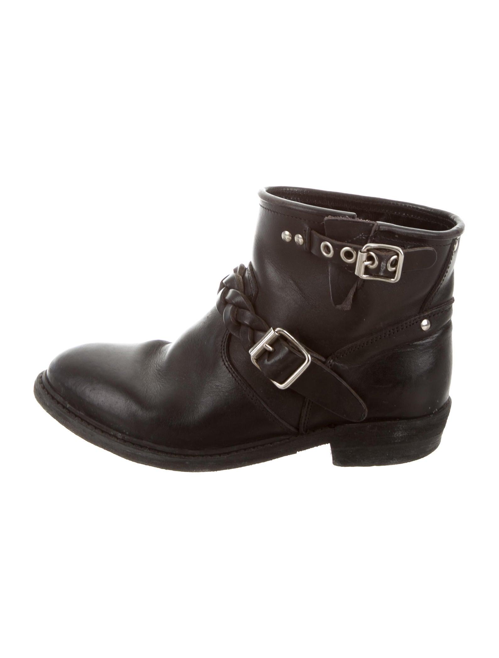 golden goose distressed biker ankle boots shoes wg525335 the realreal. Black Bedroom Furniture Sets. Home Design Ideas