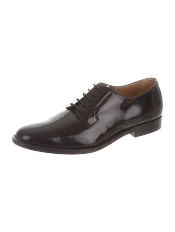 Round-Toe Leather Oxfords